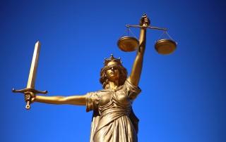 statua giustizia medicina legale